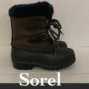 Sorel leather waterproof winter boots 9 toddler